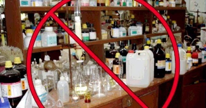 Cara Penyimpanan Bahan Kimia Berbahaya di Labolatorium
